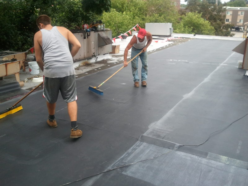 Epdm rubber roof in cleveland