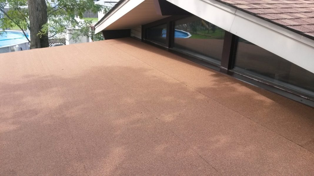 modified rubber roof in northeast ohio